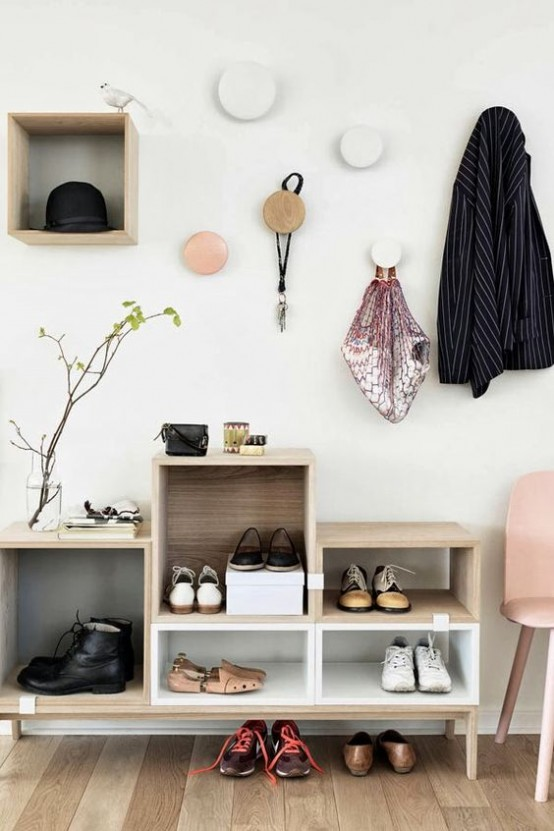 clever-examples-to-organize-your-entryway-easily-19-554x831