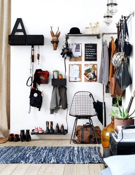 clever-examples-to-organize-your-entryway-easily-20-554x715