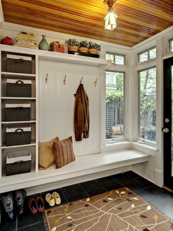 clever-examples-to-organize-your-entryway-easily-23