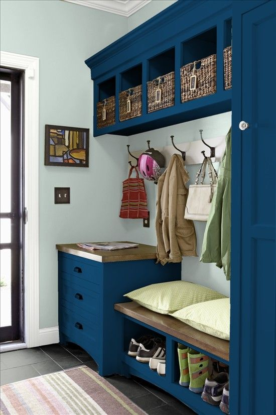 clever-examples-to-organize-your-entryway-easily-24