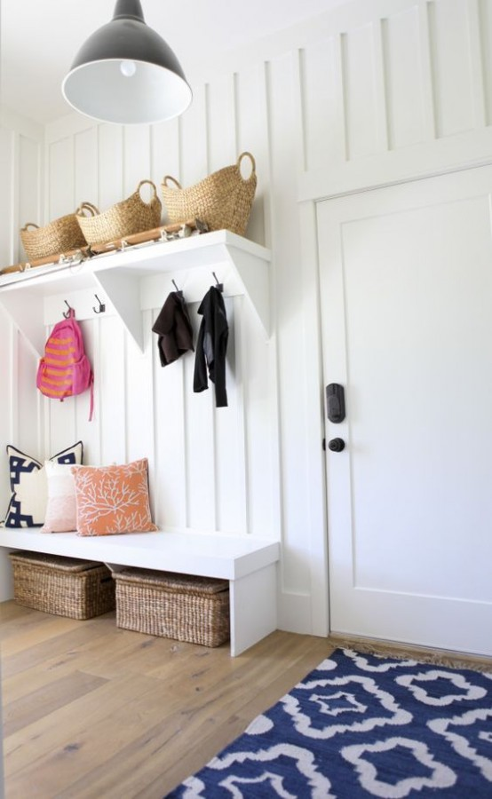 clever-examples-to-organize-your-entryway-easily-31-554x900