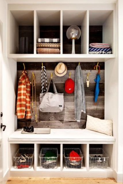 clever-examples-to-organize-your-entryway-easily-33