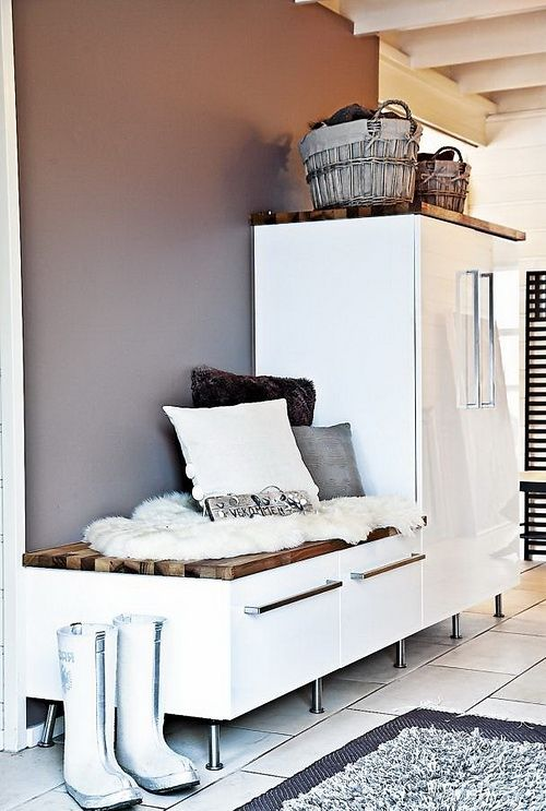 clever-examples-to-organize-your-entryway-easily-35
