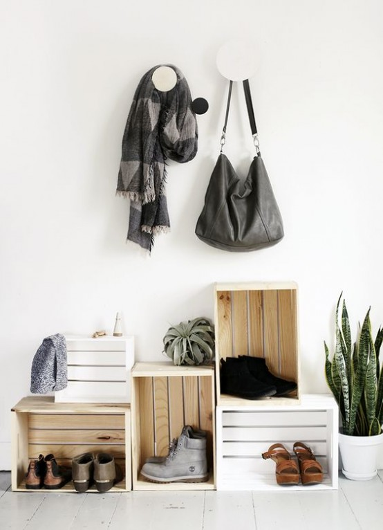 clever-examples-to-organize-your-entryway-easily-4-554x766
