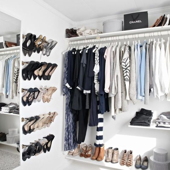 cool-and-smart-ideas-to-organize-your-closet-21