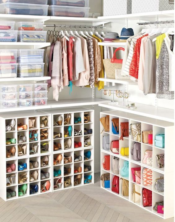How to build an easy clothes closet from a 50 kit!Funky