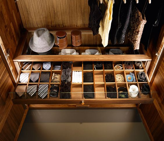 cool-ways-to-organize-men-accessories-at-home-14