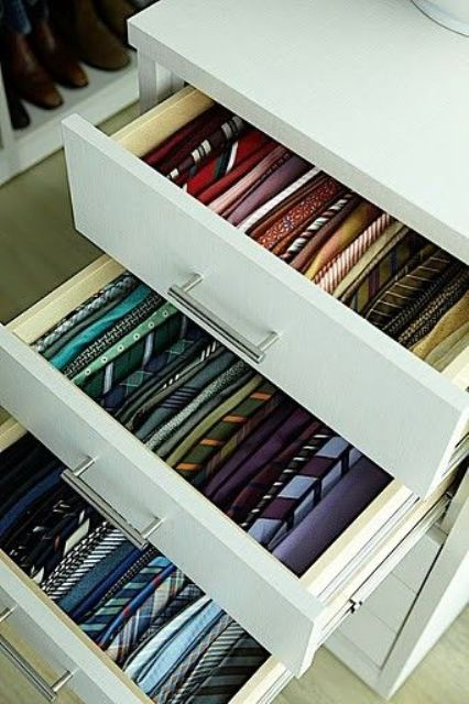 cool-ways-to-organize-men-accessories-at-home-21