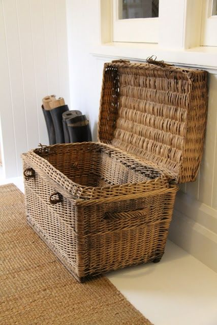 cozy-wicker-touches-for-your-home-decor-15