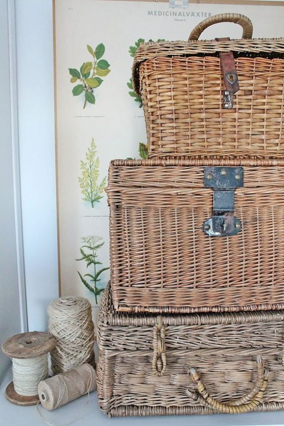 cozy-wicker-touches-for-your-home-decor-16-554x831