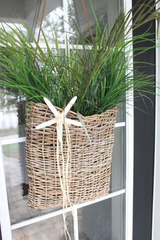 cozy-wicker-touches-for-your-home-decor-30-554x831