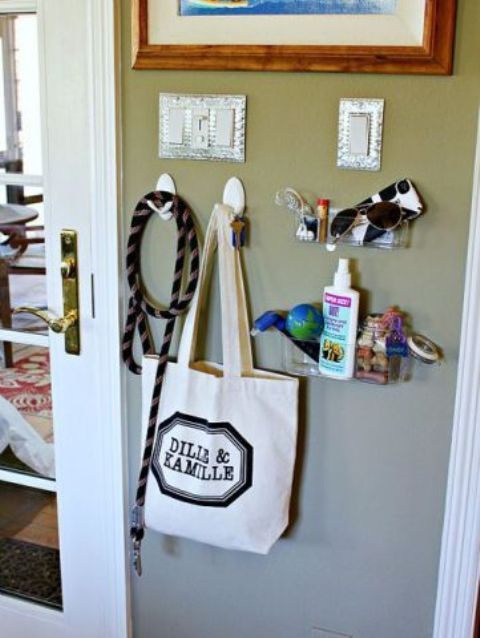 how-to-organize-all-your-pet-supplies-comfortably-ideas-14