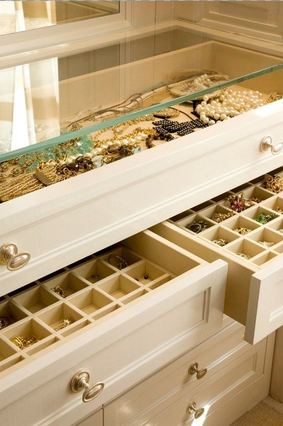 how-to-organize-your-jewelry-in-a-comfy-way-ideas-18
