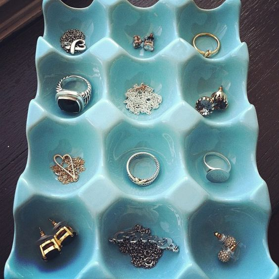how-to-organize-your-jewelry-in-a-comfy-way-ideas-22