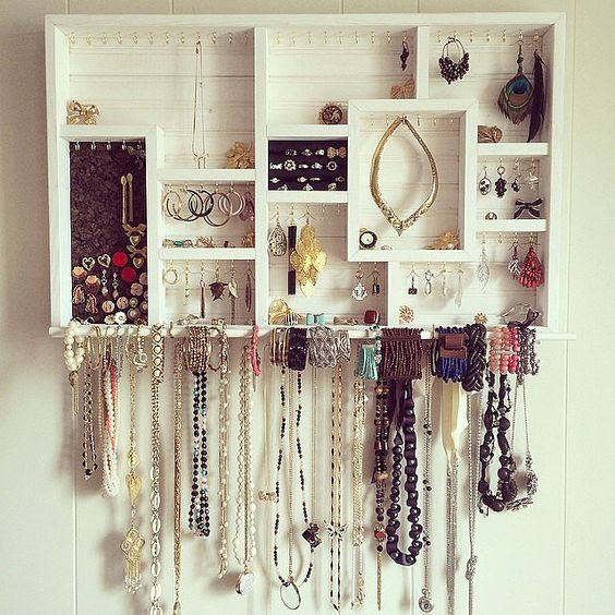 how-to-organize-your-jewelry-in-a-comfy-way-ideas-24