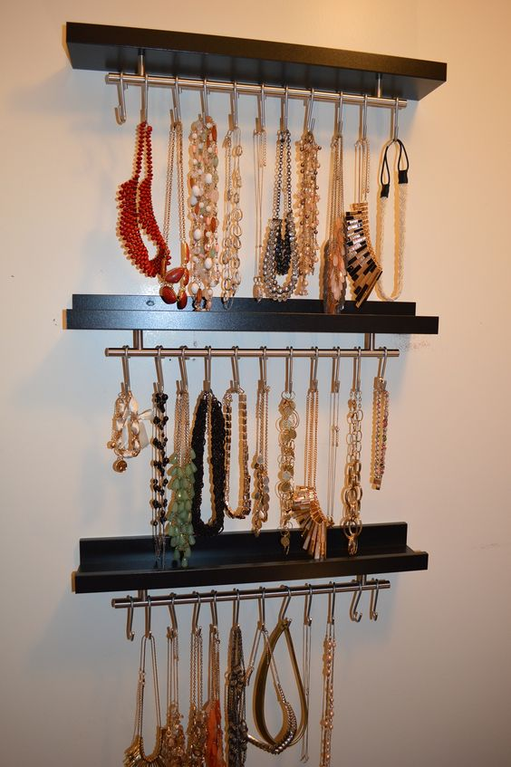how-to-organize-your-jewelry-in-a-comfy-way-ideas-25