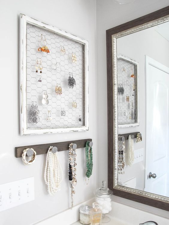 how-to-organize-your-jewelry-in-a-comfy-way-ideas-32