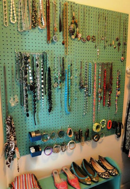 how-to-organize-your-jewelry-in-a-comfy-way-ideas-34
