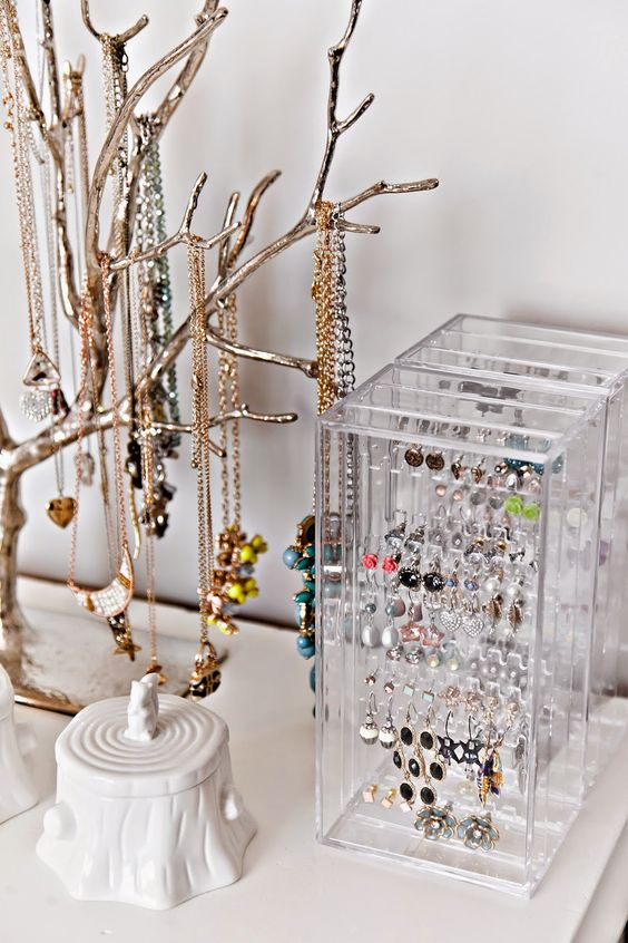 how-to-organize-your-jewelry-in-a-comfy-way-ideas-7