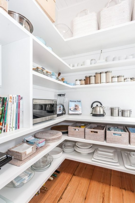 how-to-organize-your-pantry-easy-and-smart-ideas-22-554x831