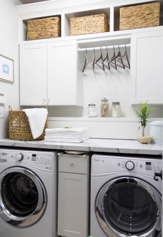 how-to-smartly-organize-your-laundry-space-34-554x806