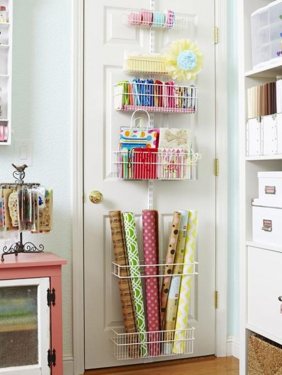 ideas-to-organize-your-craft-room-in-the-best-way-23-554x738