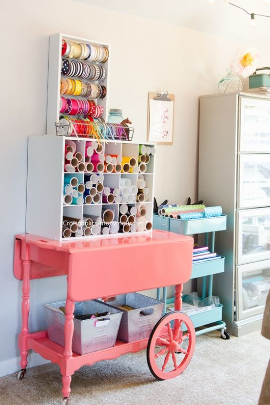 ideas-to-organize-your-craft-room-in-the-best-way-35-554x831