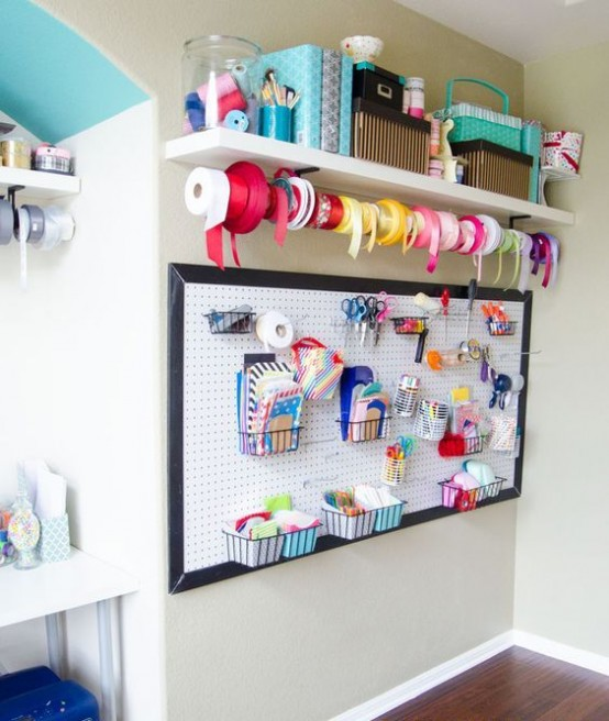 ideas-to-organize-your-craft-room-in-the-best-way-38-554x656
