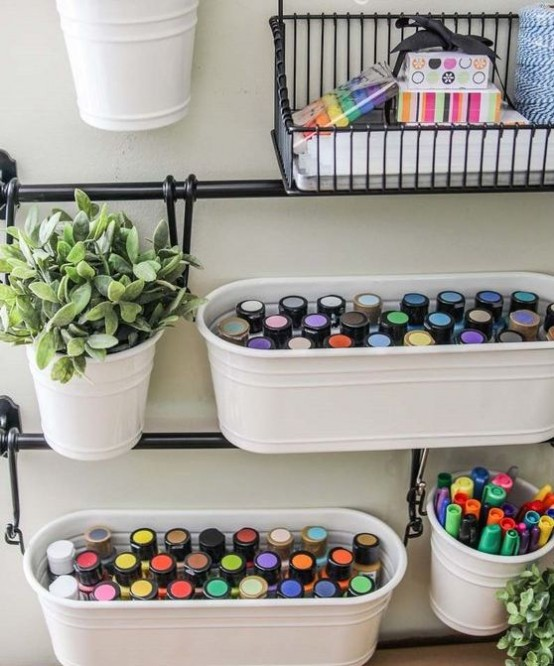 ideas-to-organize-your-craft-room-in-the-best-way-7-554x666