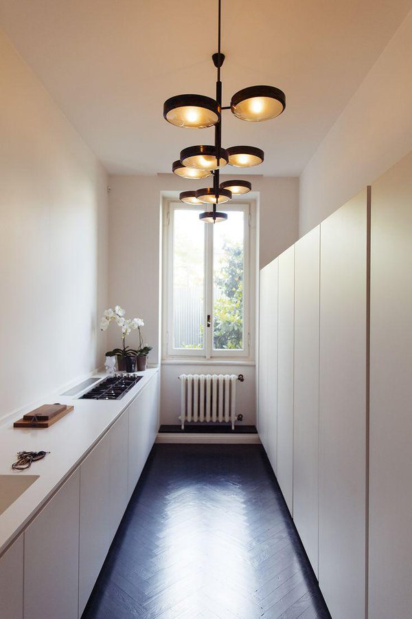 stylish-and-functional-narrow-kitchen-design-ideas-15