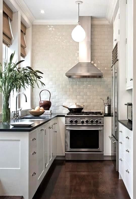 stylish-and-functional-narrow-kitchen-design-ideas-18