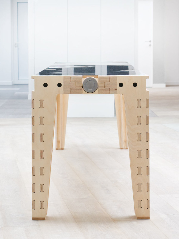 work-and-turn-multipurpose-table-with-a-reversible-top-7