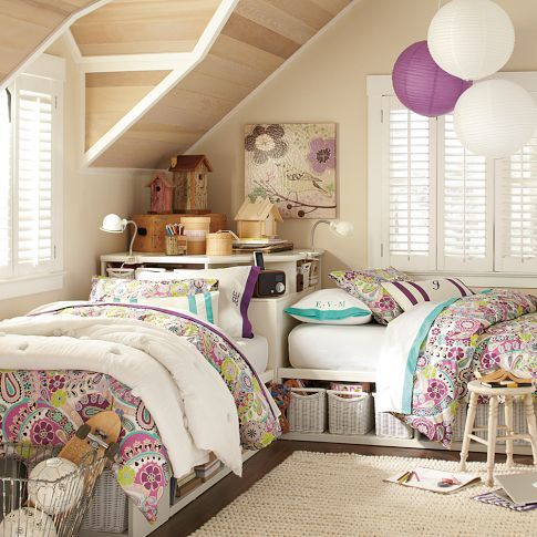chic-and-inviting-shared-teen-girl-rooms-ideas-14