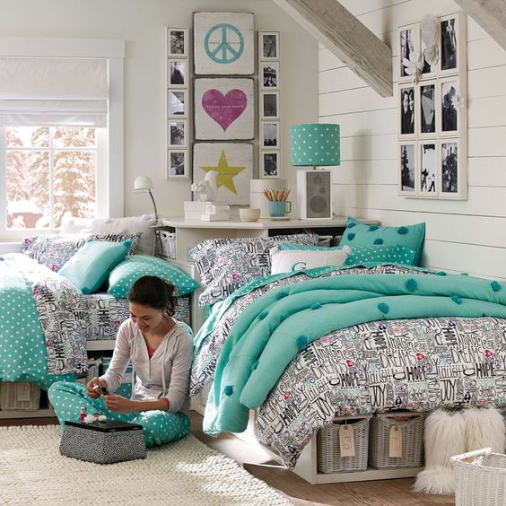 chic-and-inviting-shared-teen-girl-rooms-ideas-7