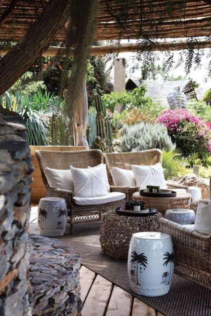 cool-rattan-furniture-pieces-for-indoors-and-outdoors-28