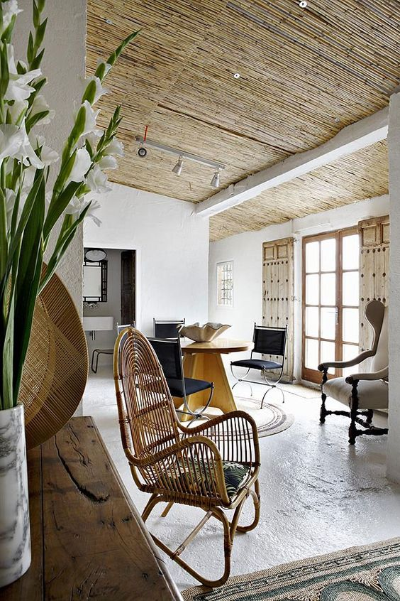 cool-rattan-furniture-pieces-for-indoors-and-outdoors-3