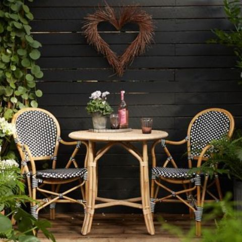 cool-rattan-furniture-pieces-for-indoors-and-outdoors-31