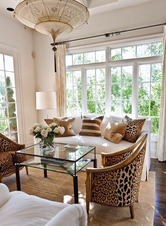 easy-ways-to-add-glam-to-any-interior-26