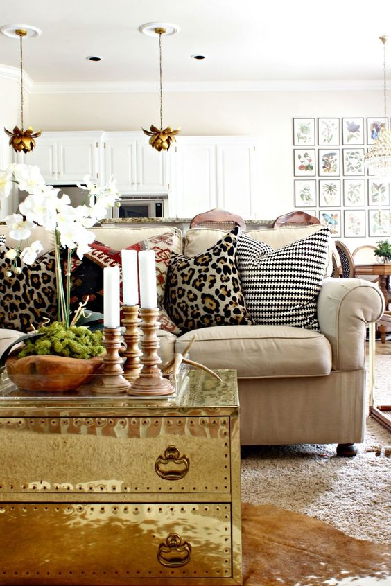 easy-ways-to-add-glam-to-any-interior-27