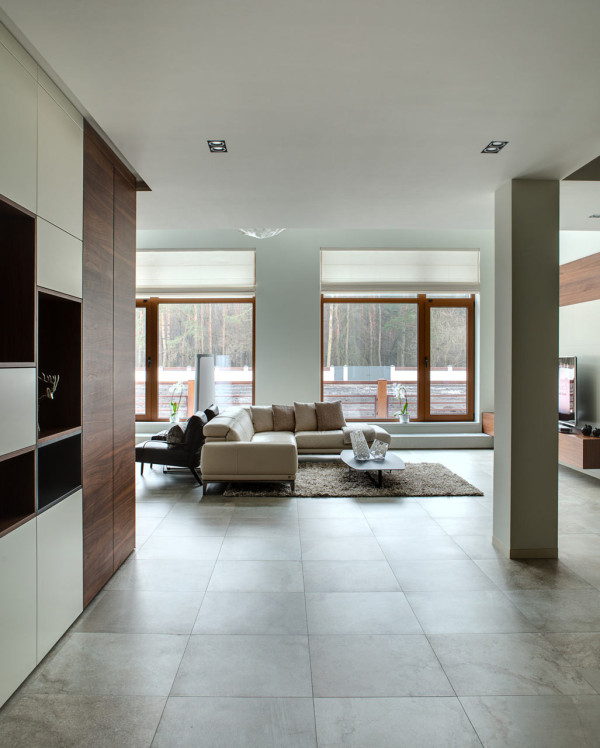 spacious-modern-home-with-a-natural-feel-5