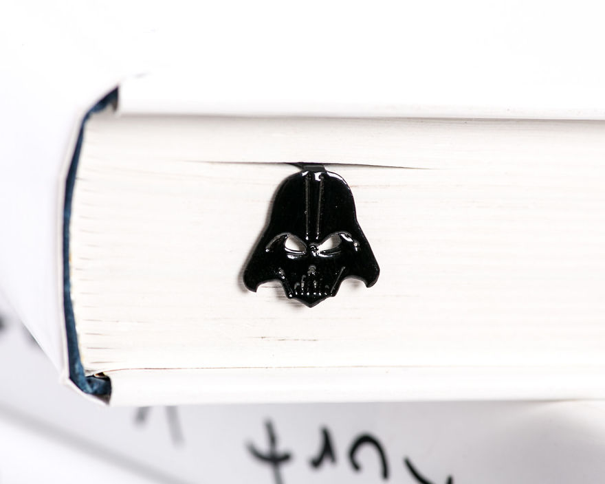 Bookmark_darth_vader-5733320013b87__880