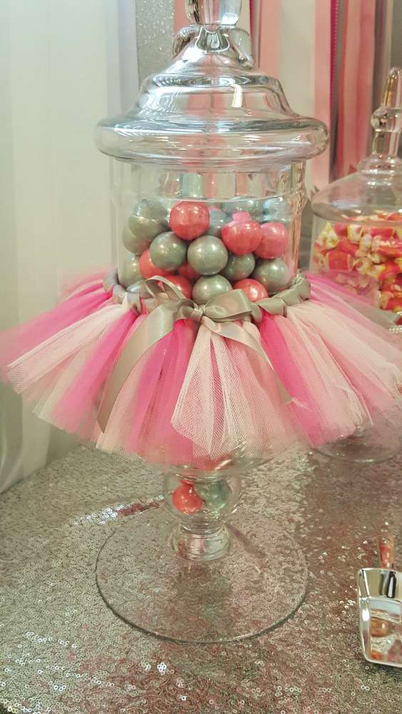adorable-girl-baby-shower-decor-ideas-youll-like-20