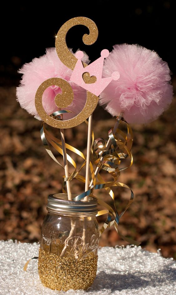 adorable-girl-baby-shower-decor-ideas-youll-like-21