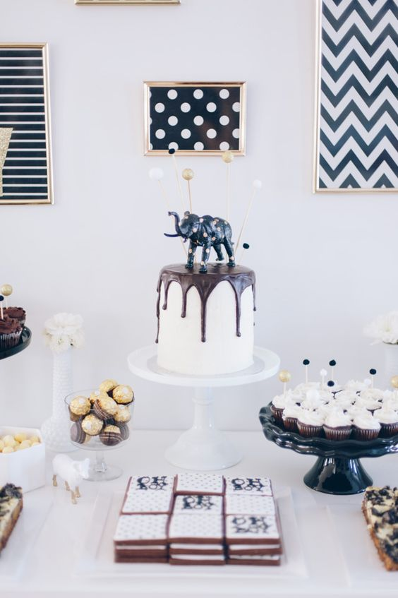 black-and-white-for-a-modern-baby-shower