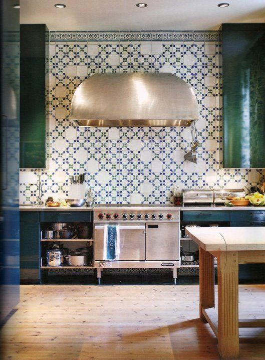 ceramic-tiles-kitchen-backsplashes-that-catch-your-eye-19
