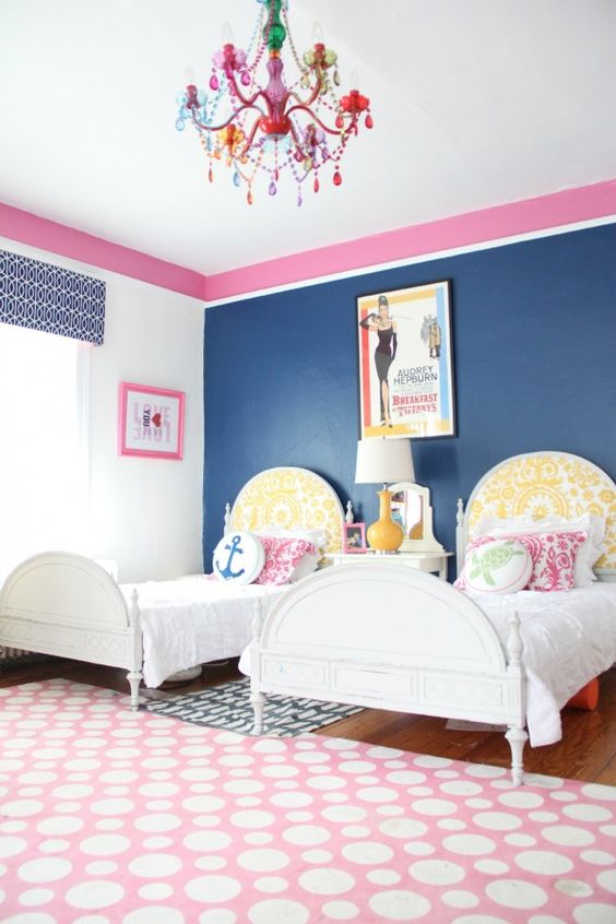 chic-and-inviting-shared-teen-girl-rooms-ideas-12