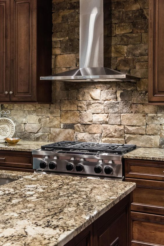 cool-stone-kitchen-backsplashes-that-wow-6