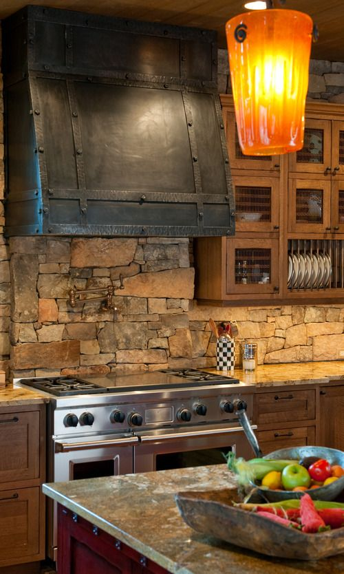 cool-stone-kitchen-backsplashes-that-wow-9