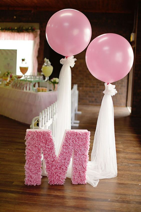 cute-balloon-decor-ideas-for-baby-showers-20