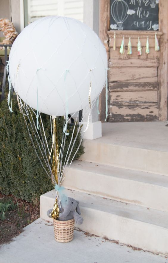 cute-balloon-decor-ideas-for-baby-showers-21